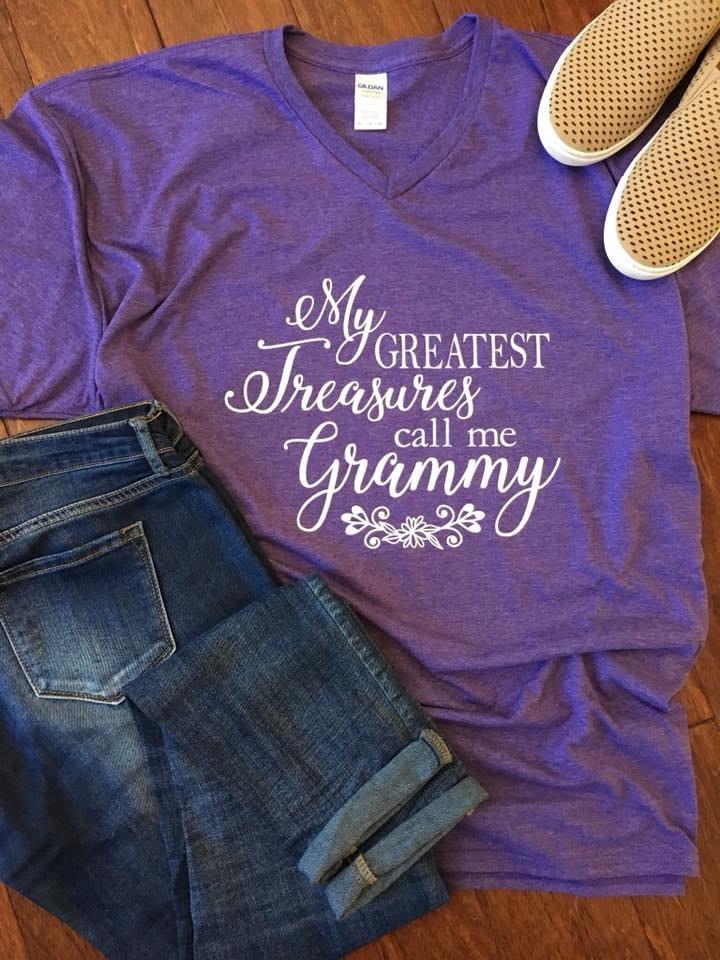 Gildan G64V customer review by Natalie Kronjaeger Love this style of shirt!!